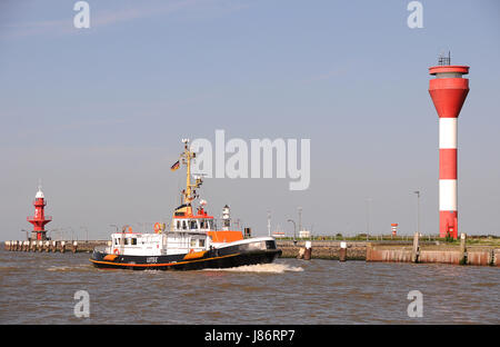 channel elbe channel entry kiel canal lighthouse navigation seafaring waves - Stock Photo