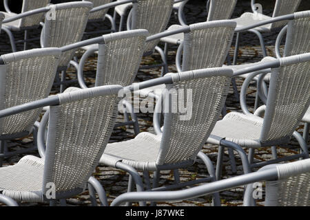 chairs lean seating seats array theatre style justified orderly