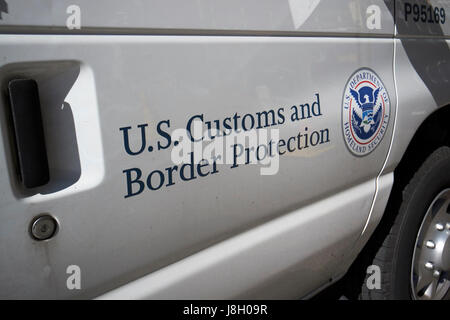 department of homeland security u.s. customs and border protection service vehicle crest and logo New York City - Stock Photo