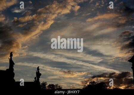 shine, shines, bright, lucent, light, serene, luminous, statue, firmament, sky, - Stock Photo