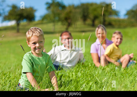 game, tournament, play, playing, plays, played, summer, summerly, mother, mom, - Stock Photo