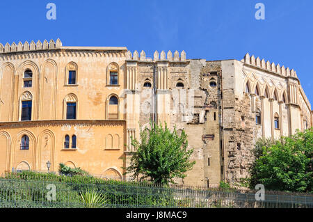 The fascinatingly eclectic Norman Palace (Palazzo dei Normanni) - Stock Photo