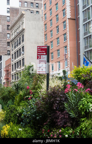 Flower District, W. 28th Street, NYC, USA - Stock Photo