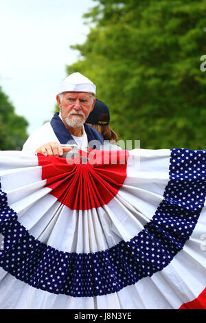 Westminster, Maryland, USA. 29th May, 2017. A navy veteran takes part in parades for Memorial Day, a federal holiday - Stock Photo