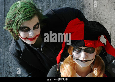 comic, physiques, joker, appearance, woman, danger, laugh, laughs, laughing, - Stock Photo