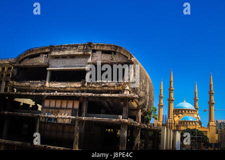 The Egg facing Mohammad Al Amin Mosque, Marfaa, Beirut - Stock Photo
