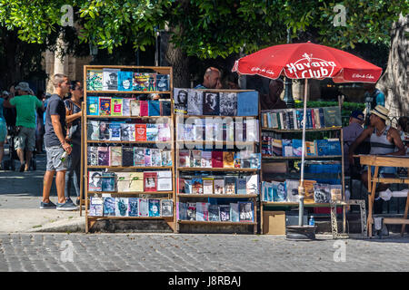 Secondhand book stalls at the flea market on Plaza de Armas - Havana, Cuba - Stock Photo