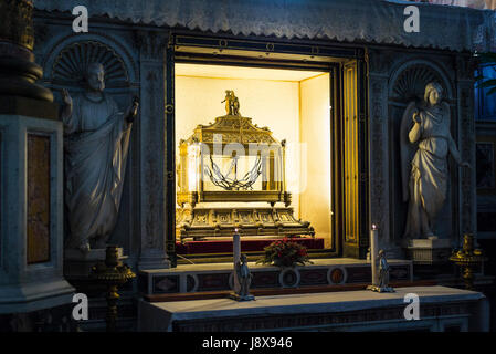 Rome. Italy. Basilica di San Pietro in Vincoli, reliquary containing the chains of St Peter. - Stock Photo