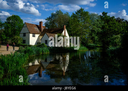 Willy Lotts cottage which featured in many of Constable's paintings including 'The Haywain'. Near Flatford Mill - Stock Photo