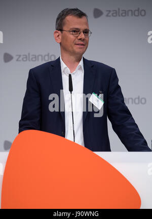 Dominik Asam, CFO of Infineon, presents himself as new candidate for the Zalando supervisory board at the general - Stock Photo