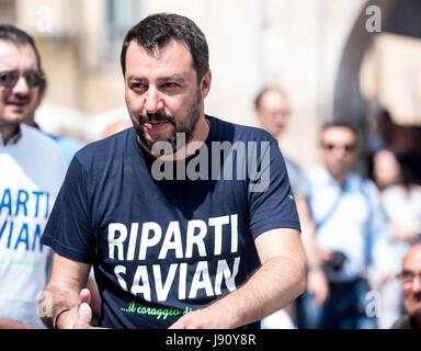 Savigliano, Italy 31th may 207  The italian politic Matteo Salvini (leader of Lega Nord) talks in Piazza Cesare - Stock Photo