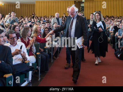 Berlin, Germany. 31st May, 2017. US politician and former presidential candidate Bernie Sanders arrives to the Herny - Stock Photo