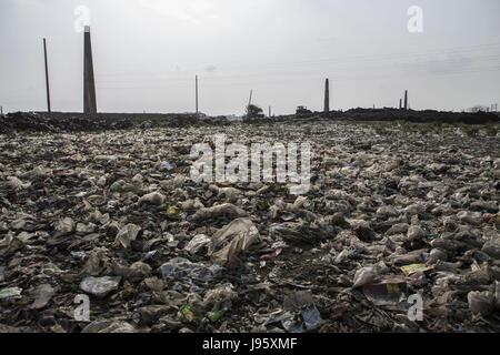 Dhaka, Dhaka, Bangladesh. 25th May, 2017. Agricultural field covered with plastic bags in Gazipur, Dhaka. Bangladesh - Stock Photo
