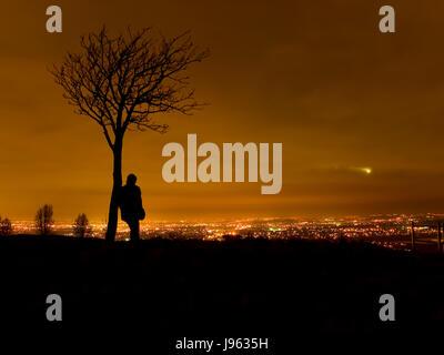shine, shines, bright, lucent, light, serene, luminous, city, town, metropolis, - Stock Photo