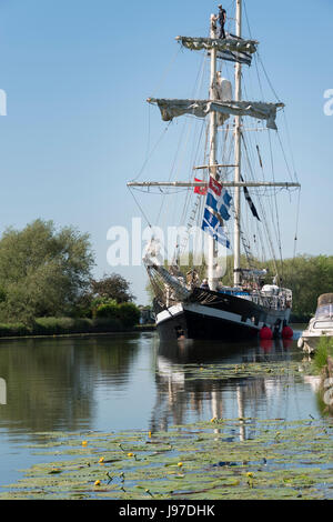 Tall Ship La Malouine on the Sharpness Canal in Gloucestershire - Stock Photo