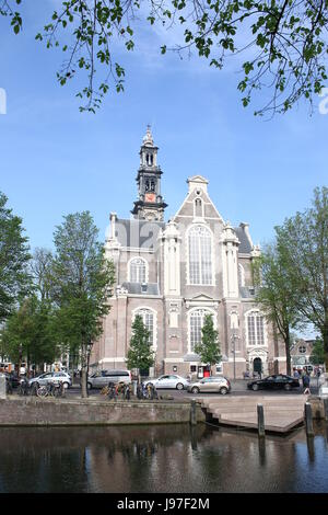 17th century Westerkerk ('Western church'), Dutch Protestant church, Amsterdam Jordaan district, between Prinsengracht - Stock Photo