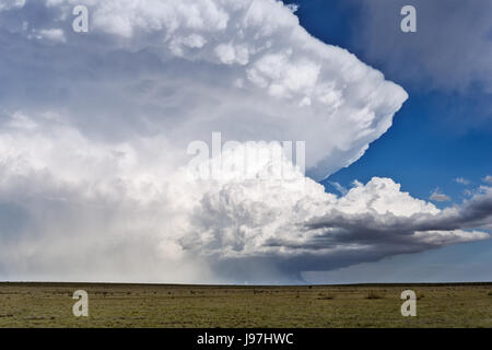 Powerful supercell thunderstorm in New Mexico - Stock Photo