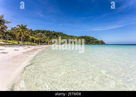 Stunning white sand beach name Bai Sao beach in the Phu Quoc island in south Vietnam in the Gulf of Thailand. - Stock Photo