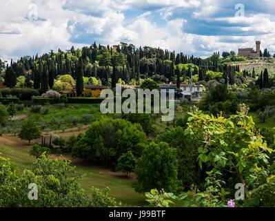 Tourists in Boboli Gardens, Florence, Italy Stock Photo: 35123673 ...