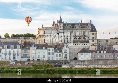Hot-air balloon in the sky above the castle, Amboise, UNESCO World Heritage Site, Indre-et-Loire, Loire Valley, - Stock Photo