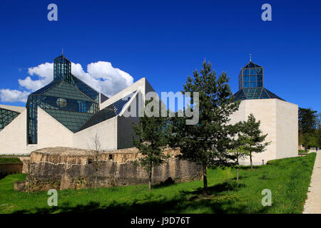 Fort Thuengen with Fortress Museum and Mudam Museum, Luxembourg City, Grand Duchy of Luxembourg, Europe - Stock Photo