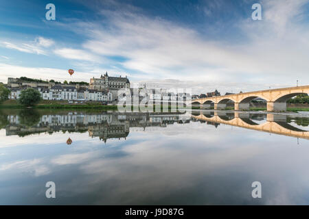 Hot-air balloon in the sky above the castle, Amboise, Indre-et-Loire, Loire Valley, Centre, France, Europe - Stock Photo