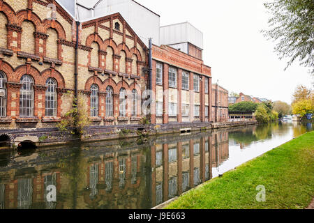 OXFORD/ UK- OCTOBER 26 2016: Exterior Of Osney Power Staion, Botley - Stock Photo