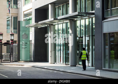 The Rolls Building, a court building designed by Woods Bagot, Royal Courts of Justice, Fetter Lane, City of London, - Stock Photo