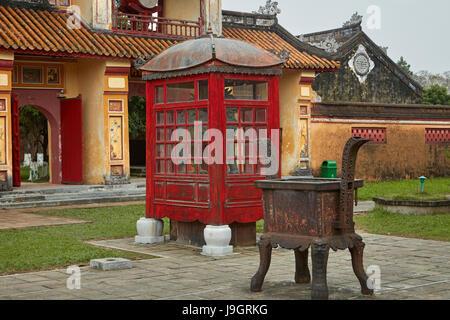 To Mieu Temple Complex, historic Hue Citadel (Imperial City), Hue, North Central Coast, Vietnam - Stock Photo
