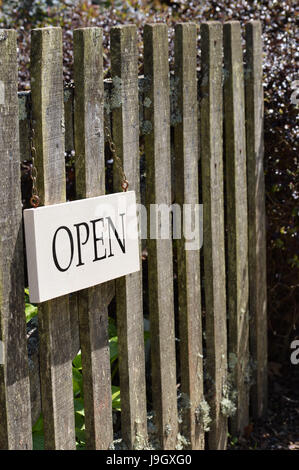 Wooden Sign On A Garden Gate Reading Please Shut The Gate