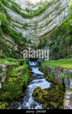 France, Doubs, Ouhans, source of the Loue - Stock Photo
