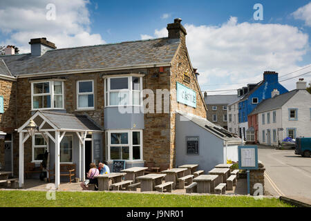Outdoors In The Beer Garden At The Village Inn Old Village Shanklin Isle Of Wight Uk Stock