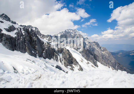 Landscape of Yulong Snow Mountain, it also known as Jade Dragon Snow Mountain which is located in Yunnan,China. - Stock Photo