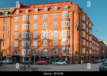 Helsinki, Finland - December 6, 2016: Residential House Building At Intersection Of Ratakatu And Korkeavuorenkatu - Stock Photo
