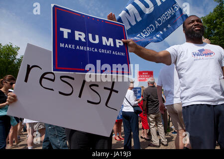 Washington, DC USA, 3rd June, 2017: Trump supporters gather in front of the White House to show approval of the - Stock Photo