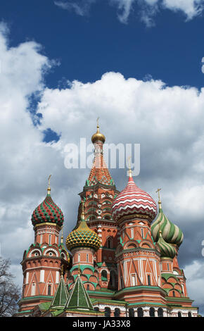 Moscow, Russia: view of Saint Basil's Cathedral, the world-famous Russian orthodox church built in the Red Square - Stock Photo
