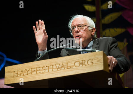 US Senator Bernie Sanders giving the 2017 Eris Hobsbawm Lecture at Hay Festival Hay-on-Wye Powys Wales UK - Stock Photo
