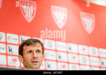 Bilbao, Spain. 24th Aug, 2017. Kuko Ziganda (Coach, Athletic Club) during the press conference of football match - Stock Photo