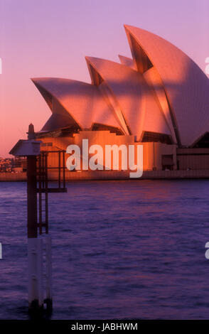 Mood shot of the Sydney Opera House, Sydney, New South Wales, Australia - Stock Photo