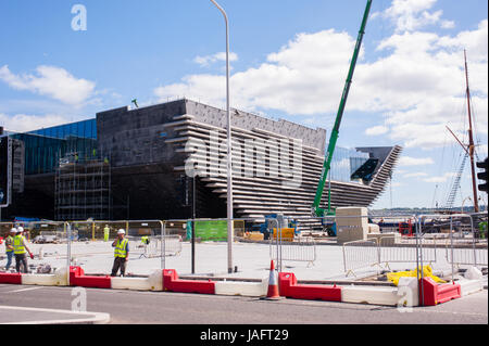 The future V&A Museum of Design. Situated on the north bank of Firth of Tay Dundee is the fourth-largest city in - Stock Photo