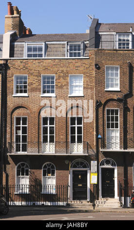Terraced residential flats at Canonbury Square Islington London - Stock Photo