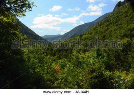 View of a glacially carved valley formed during the last Ice Age in Crawford Notch State Park. - Stock Photo