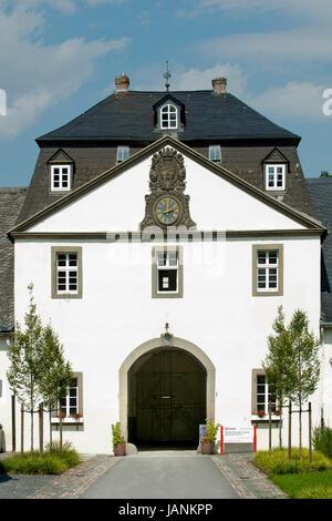 BRD, Nordrhein-Westfalen, Hochsauerlandkreis, Meschede, Schloss Laer - Stock Photo
