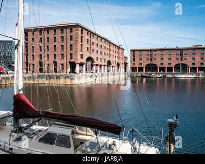 The Albert Dock complex of dock buildings and warehouses was opened in 1846, in Liverpool, England. Designed by - Stock Photo