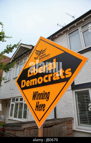 London, UK. 08th June, 2016. Liberal Democrat House Board Sign, 2017 General Election. Credit: Expo Photo/Alamy - Stock Photo
