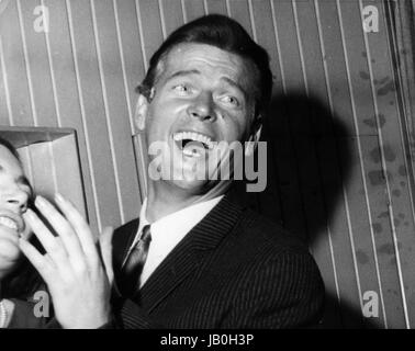 May 23, 2017 - File Photo - Actor Sir ROGER MOORE, best known for playing James Bond, has died aged 89, his family - Stock Photo