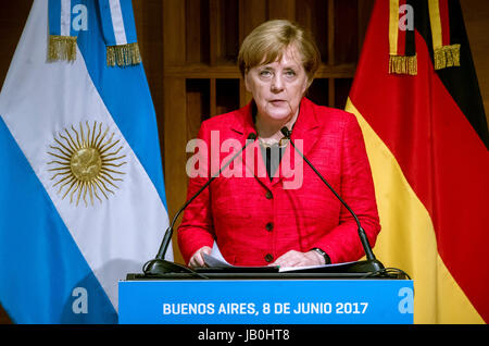 Buenos Aires, Argentina. 08th June, 2017. German Chancellor Angela Merkel addresses students during a visit to the - Stock Photo
