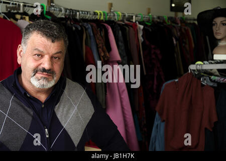 Arnaud De Grave / Le Pictorium -  The muslim community helps refugees in Calgary, Alberta. -  15/04/2017  -  Canada - Stock Photo