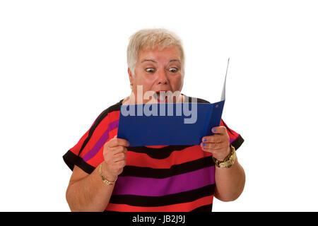 Seniorin mit Kontoauszugsmappe - freigestellt auf weissem Hintergrund - Stock Photo
