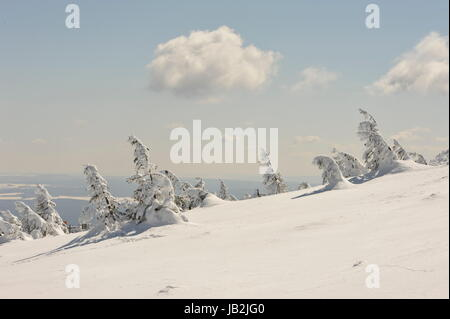 Brocken im Schnee und Eis, Winter,Harz.Misty landscape in Winter Brocken Harz Germany. - Stock Photo